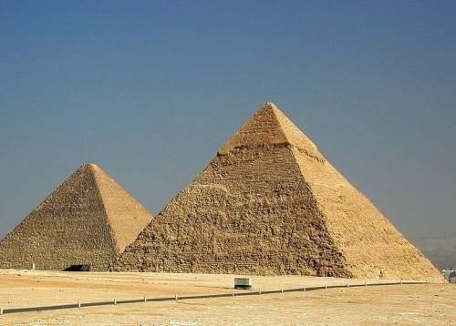 Пример применения геополимерного бетона для строительства пирамид